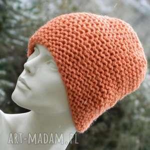 pomarańczowy grubas - na prawo czapa z wełną, przaśna, gruba, ciepła, czapka
