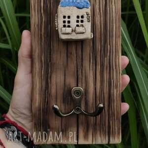 handmade wieszaki wieszaczek z domkiem