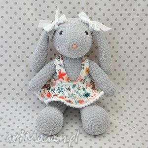zabawki szydełkowa maskotka króliczek szary, maskotka, króliczek, królik, szary