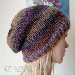 ręcznie wykonane czapki lawendowy akcent czapka