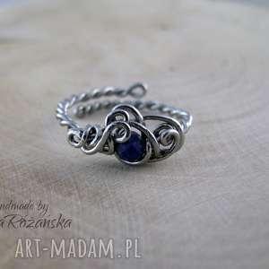 Pierścionek regulowany z lapis lazuli, wire wrapping, pierścionek, wire-wrapping