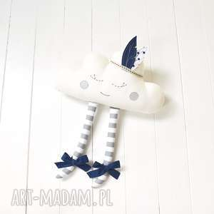 chmurka z pióropuszem - chmurka, chmura, zabawka, dekoracja, pióropusz, piórka