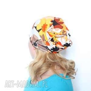 czapka w kwiaty dresowa dzianinowa, dzianina, dresowa, kwiaty, mama, wiosna, sport