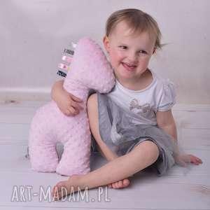 hand made zabawki zabawka sensoryczna żyrafa różowa