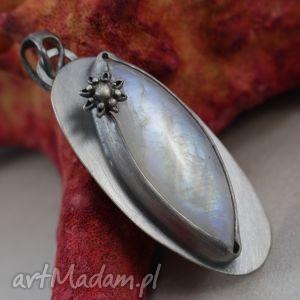 kamień księżycowy srebrny kwiat - wisiorek, kamień, księżycowy, srebro, wisior