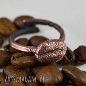 COFFEE - PIERŚCIONEK Z ZIARNKIEM KAWY, pierścionek, regulowany-rozmiar