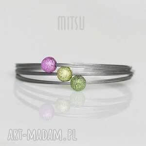 ŁĄKA, wiosna, wiosenna, radosna, kolorowa, minimalizm, linki