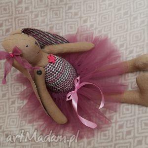 baletnica w nowej spódnicy - baletnica, tiul, tutu, angelina, roczek, chrzest