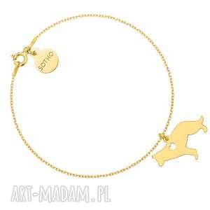 złota bransoletka z psem rasy owczarek niemiecki, zwierzak, pupil