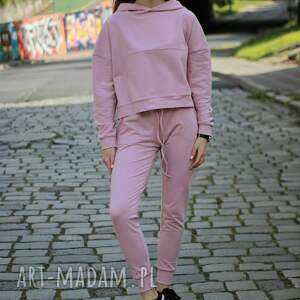 sportowe dres, komplet damski, bluz i spodnie kolor pudrowy róż, dres damski róż