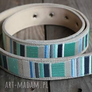 niebieskie paski pasek stripes haftowany mięta