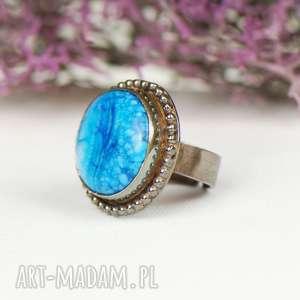 szare pierścionki niebieski-ze-srebra a600 srebrny pierścionek