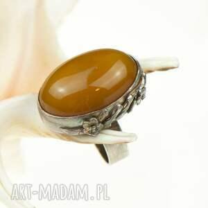 elegancki pierścionek a581 srebrny z miodowym