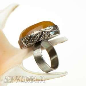 pierścionek srebrny żółte a581 z miodowym