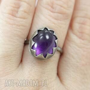 ametyst i srebro - pierścionek