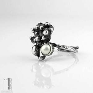 wyjątkowe pierścionki słodkowodna-perła anthozoa - srebrny pierścionek