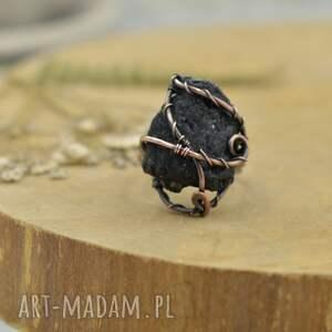 Pracownia Miedzi Black - pierścionek z czarnym surowym turmalinem - wire wrapping turmalin