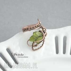 pierścionki pierścionek bluszcz - ze szklanym