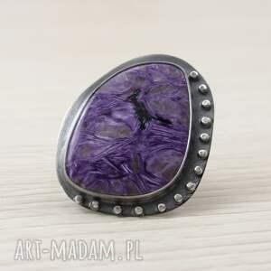 niepowtarzalne pierścionki srebrny-pierścionek czaroit i srebro - duży pierścień