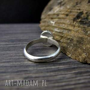 różowe chalcedon delikatny srebrny pierścionek