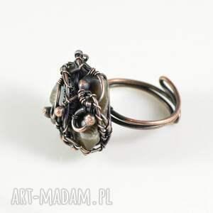 Pracownia Miedzi Earth - pierścionek z krzemieniem - prezent pierscionek retro