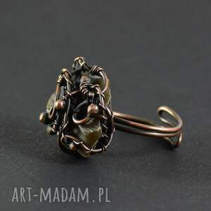 Earth - pierścionek z krzemieniem - prezent wire wrapping