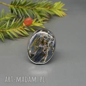 niebanalne pietersit w-srebrze elegancki pierścionek