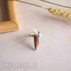 białe pierścionek na prezent geometryczny z białej
