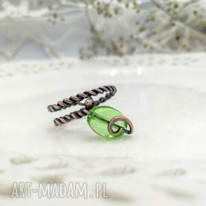 zielone pierścionek mini green leaf - spiralny