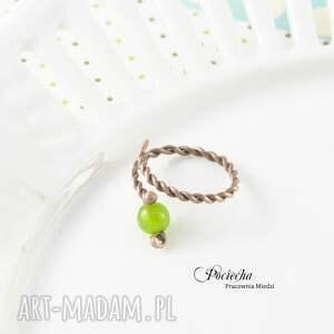 zielone pierścionki miedź green - pierścionek z jadeitem