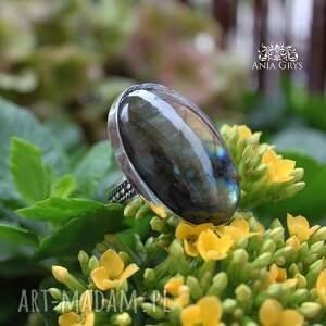 oksydowany jedyny taki pierścionek