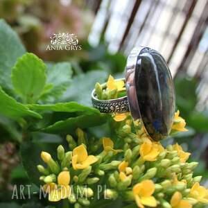 szare pierścionki labradoryt jedyny taki pierścionek