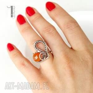 elegancki karmelove - srebrny pierścionek