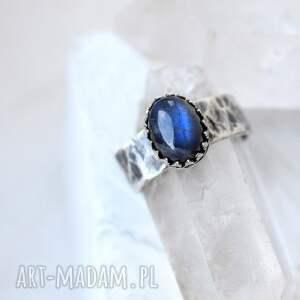 pierścionki pierścionek królewski pierścień z labradorytem