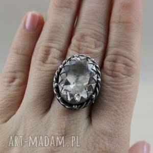 pierścionki srebrny-pierścionek kryształ górski i srebro - okazały