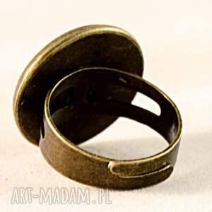 beżowe pierścionki księżycowe ptaszki - pierścionek