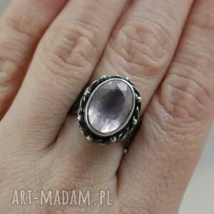kwarc różowy i srebro - piękny