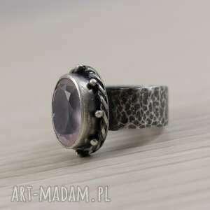 Kwarc różowy i srebro - piękny pierścionek 2751 pierscionek