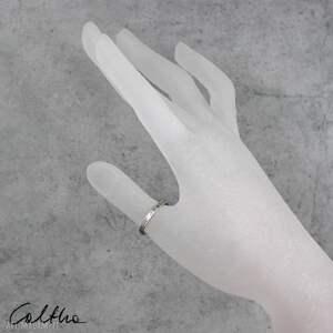 pierścionek kwiatuszki - srebrny