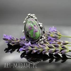 czarne pierścionki pierścień lawender - okazały pierścionek
