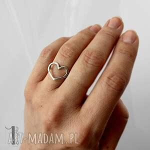unikalne pierścionki serce lovestory i - srebrny pierścionek