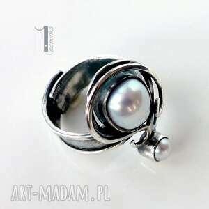 metaloplastka pierścionki białe lucanus i - srebrny pierścionek z