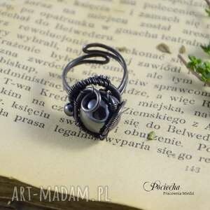 unikalne pierścionki hematyt mars - pierścionek z hematytem