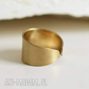 złoto pierścionki miedziany minimalistyczny