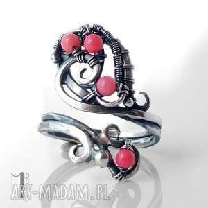 pierścionek pierścionki różowe motyle i srebrny