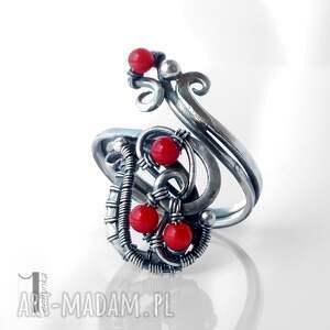 czerwone pierścionki srebro motyle srebrny pierścionek