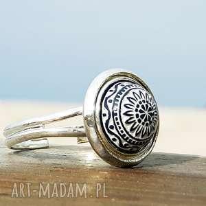ręczne wykonanie pierścionki biały mozaikowy pierścionek regulowany