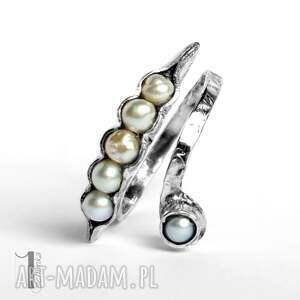miechunka Pearly husk I srebrny pierścionek z perłami