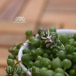 modne pierścionek florystyczny