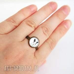 wyraziste pierścionek - królik - antyczny